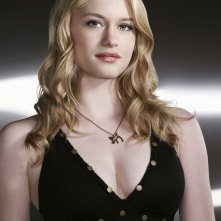 Una foto promo dell'attrice Leven Rambin per la season 2 di Terminator: The Sarah Connor Chronicles