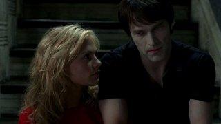 Anna Paquin e Stephen Moyer in una scena dell'episodio 'Shake and Fingerpop' della serie tv True Blood