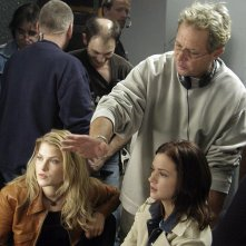 Ali Larter, A.J. Cook e David R. Ellis sul set del film Final Destination 2