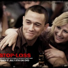 Un wallpaper ufficiale del film Stop Loss, con Joseph Gordon-Levitt