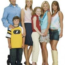Una foto promo del cast principale del telefilm Hope & Faith