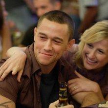 Joseph Gordon-Levitt è Tommy Burgess con la moglie interpretata da Mamie Gummer in una scena del film 'Stop Loss'