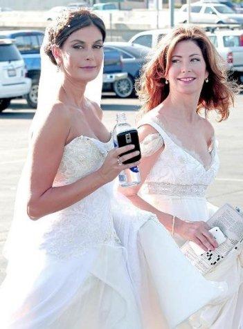 Dana Delany con Teri Hatcher sul set della sesta stagione di Desperate Housewives