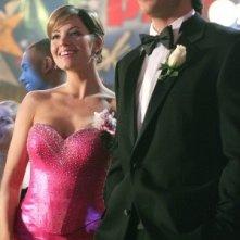 Lois e Clark (Tom Welling ed Erica Durance) ne La reginetta del ballo, episodio della stagione 4 di Smallville
