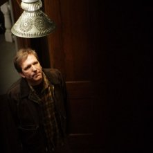 Martin Donovan in una scena del film Il messaggero - The Haunting in Connecticut