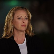 Virginia Madsen in una scena del film Il messaggero - The Haunting in Connecticut