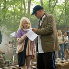 Evanna Lynch con il regista David Yates sul set del film Harry Potter and the Order of the Phoenix