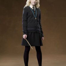 Evanna Lynch è Luna Lovegood in una foto promo del film Harry Potter e l'Ordine della Fenice