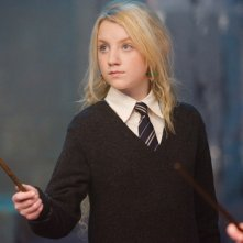 Evanna Lynch (Luna Lovegood) in una scena del film Harry Potter e l'Ordine della Fenice