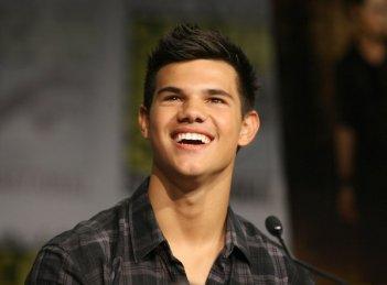Comic-Con di San Diego 2009 - un sorridente Taylor Lautner presenta Twilight Saga: New Moon
