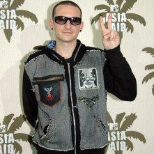 Il cantante Chester Bennington all' MTV Asia Aid