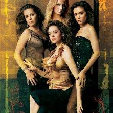 Le sorelle Halliwell con Billie Jenkins (Kaley Cuoco) in un'immagine promo per la stagione 8 di Charmed