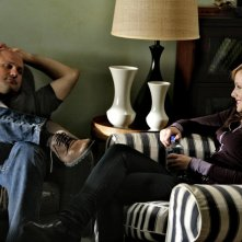 Enrico Colantoni e Kristen Bell in una scena dell'episodio 'Un amore impossibile' di Veronica Mars