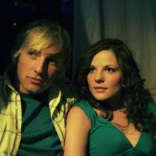Ryan Hansen e Carlee Avers nel nono episodio della terza stagione di Veronica Mars