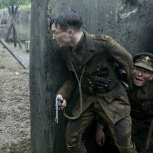 Daniel Radcliffe in una scena di guerra nel film My Boy Jack