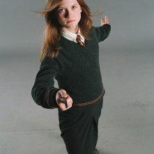 Una foto promo di Bonnie Wright in guardia per il film Harry Potter e l'Ordine della Fenice