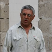 Antonio Catania in una scena del film Piede di Dio