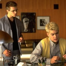 Ryan Phillippe e Joshua Jackson in una scena del film Cruel Intentions