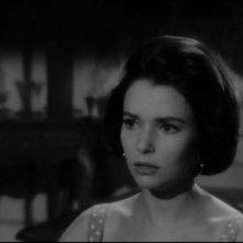 Susan Strasberg in una sequenza del film La casa del terrore