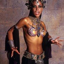 Aaliyah in una splendida foto promozionale per La regina dei dannati
