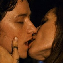 Incontri ravvicinati per Angelina Jolie e James McAvoy in una scena di Wanted