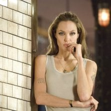 L'attrice Angelina Jolie in una scena del film 'Wanted'