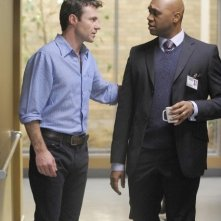 Chris Vance e Derek Webster in una scena dell'episodio Do Over di Mental
