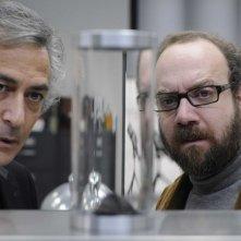 David Strathairn e Paul Giamatti in una scena del film Cold Souls