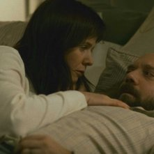 Emily Watson e Paul Giamatti in una scena del film Cold Souls
