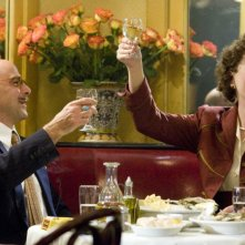 Stanley Tucci e Meryl Streep in una scena del film Julie & Julia