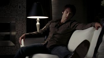 Stephen Moyer in una scena dell'episodio 'Release Me' della serie tv True Blood