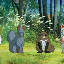Una scena del film Pom poko di Isao Takahata