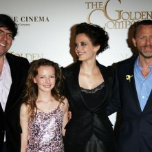 Chris Weitz, Dakota Blue Richards, Eva Green e Daniel Craig alla premiere del film 'The Golden Compass'
