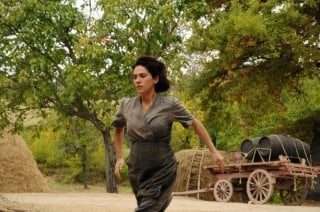 Maya Sansa in un'immagine del film L'uomo che verrà