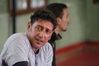 Sergio Castellitto in un'immagine del film Alza la testa
