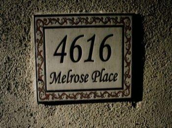 Un'immagine dalla serie CW Melrose Place