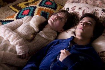 Un'immagine del film Os famosos e os duendes da morte