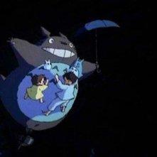 Un'immagine tratta dal film d'animazione Il mio vicino Totoro