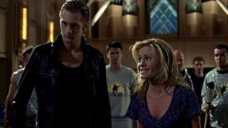 Il vampiro Eric (Alexander Skarsgård) e Sookie Stackhouse (Anna Paquin) in un'immagine dell'episodio 'Timebomb' della serie True Blood