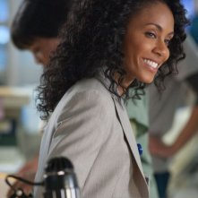 Jada Pinkett Smith in una scena dell'episodio Trust Me di Hawthorne