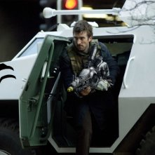 Sharlto Copley in un'immagine di District 9