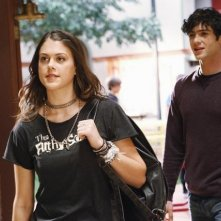 Ethan Peck e Lindsey Shaw nell'episodio Won't Get Fooled Again di  10 Things I Hate About You