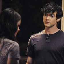 Ethan Peck in una scena dell'episodio Fight for Your Right  di 10 Things I Hate About You