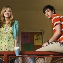 Meaghan Jette Martin e Nicholas Braun in una scena dell'episodio Won't Get Fooled Again di  10 Things I Hate About You
