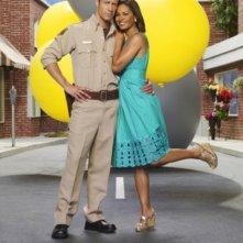Colin Ferguson e Salli Richardson in una foto promozionale della stagione 3 della serie televisiva Eureka