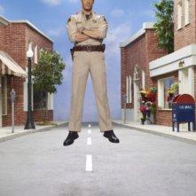 Colin Ferguson in una foto promozionale della stagione 3 della serie televisiva Eureka