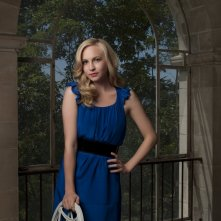 Candice Accola in una foto promozionale di The Vampire Diaries