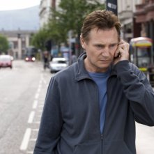 LIam Neeson in una scena del film Five Minutes of Heaven