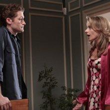 Matthew Morrison e Jessalyn Gilsig nell'episodio Showmance di Glee
