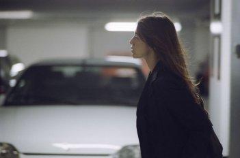 Charlotte Gainsbourg in una scena del film Persécution